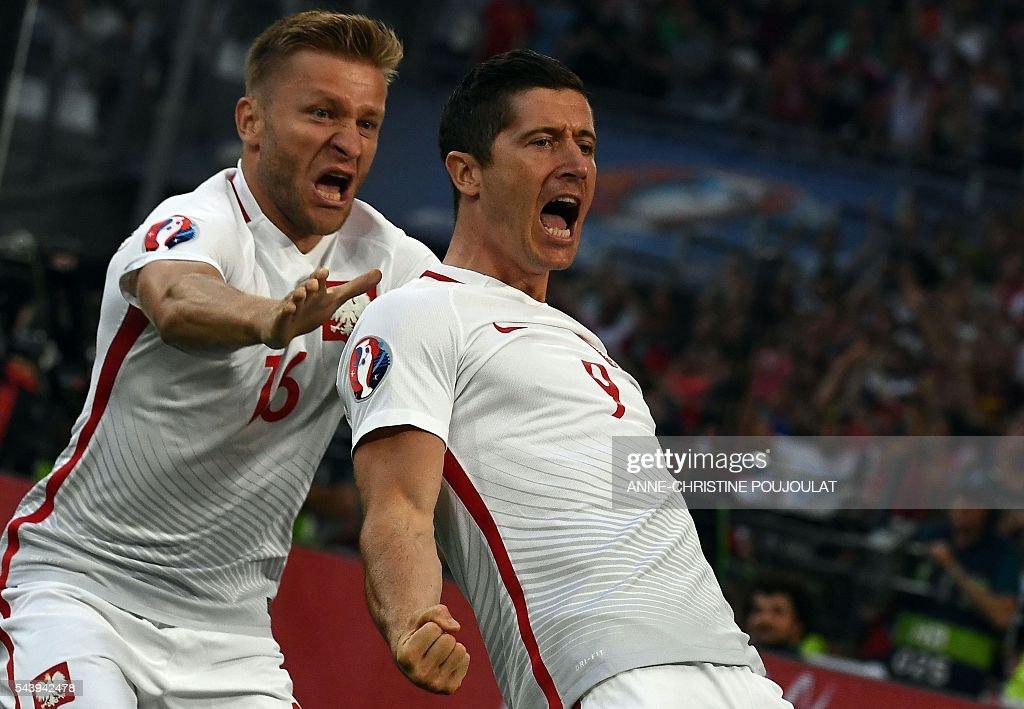 FBL-EURO-2016-MATCH45-POL-POR : News Photo