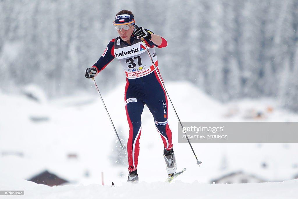 Poland's Justyna Kowalczyk competes duri : News Photo