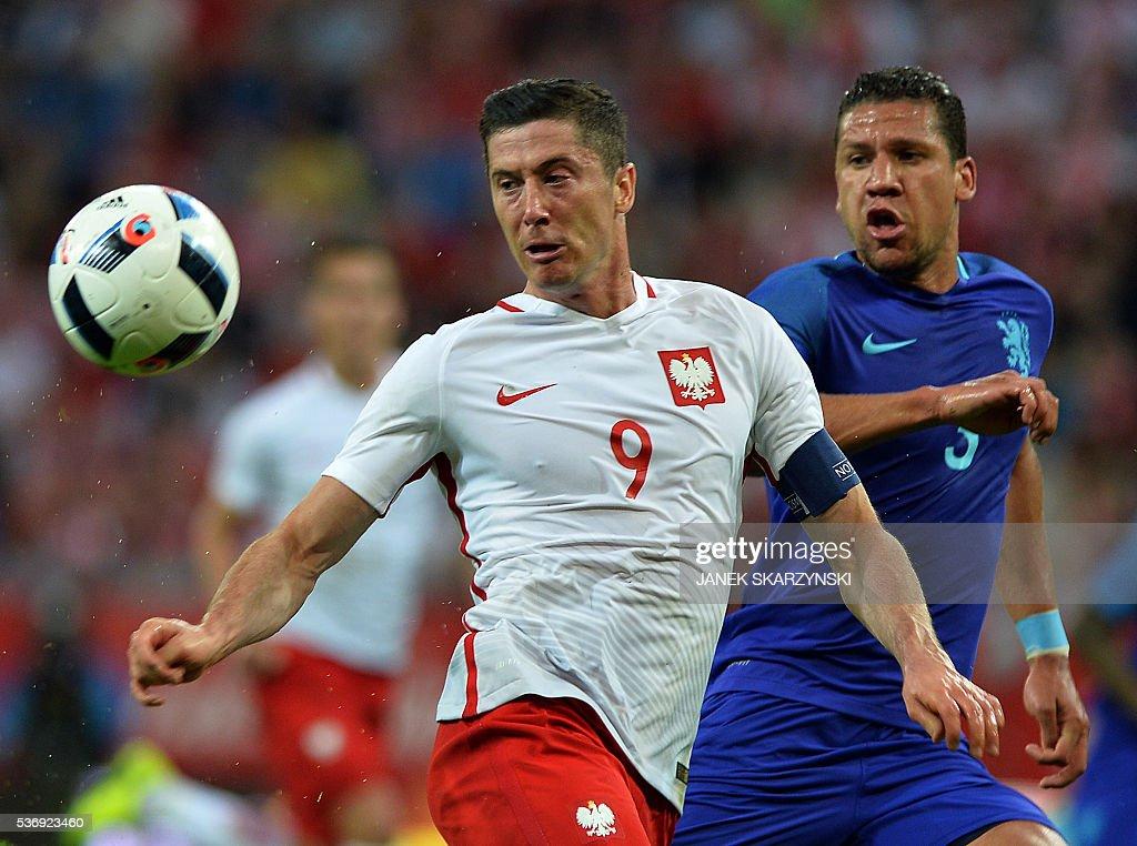FBL-EURO-2016-FRIENDLY-POL-NED : Nieuwsfoto's
