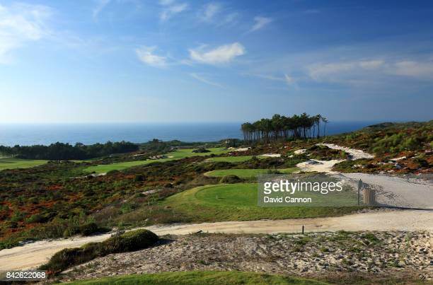 polarising filter used in this image The 353 metres par 4 14th hole on the West Cliffs Golf Links Course on Portugal's Silver Coast designed by...