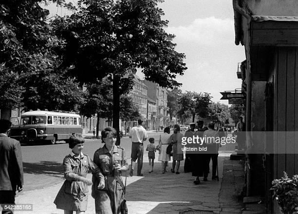 Polen Masuria Gizycko Two polish girl scouts at Lycker Street 1966