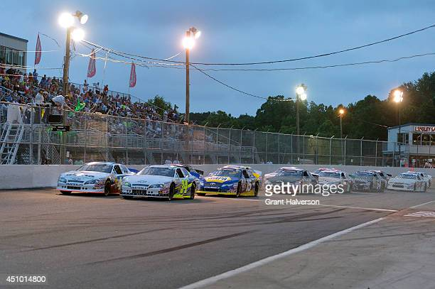 38 Flag Pole Sitter Pictures, Photos & Images - Getty Images