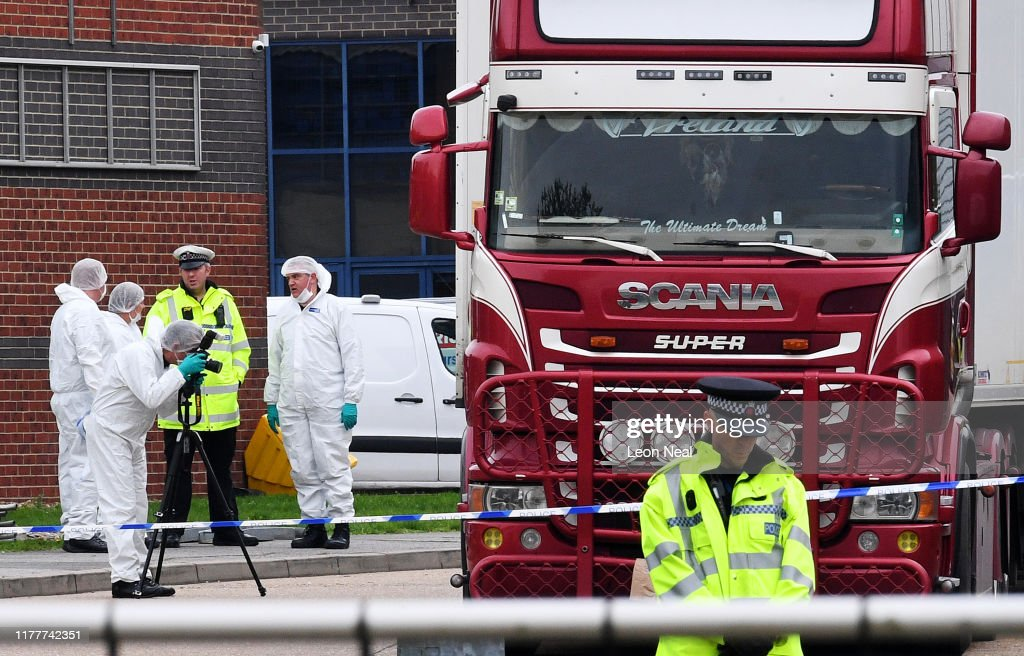 39 Bodies Discovered In Lorry In Thurrock : ニュース写真