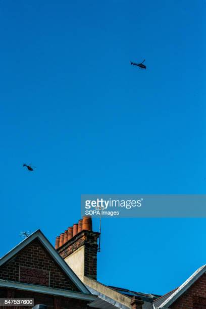 Police and news helicopters flying over Parsons Green Underground Station Several people have been injured after an explosion on a tube train in...
