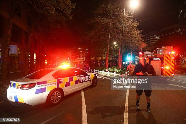 Police and the Fire Service block the corner of Wakefield and Victoria Streets after an earthquake on November 14 2016 in Wellington New Zealand The...