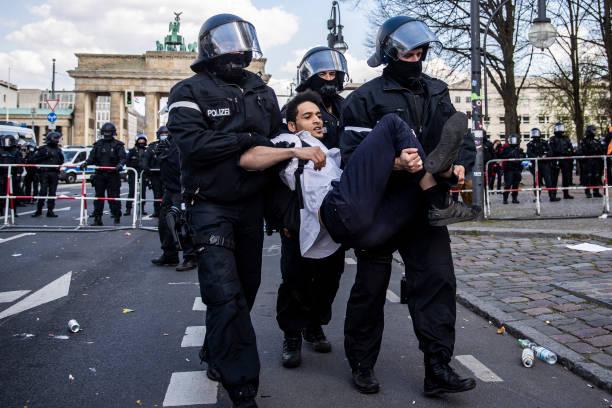 DEU: Protesters Rally Against New Lockdown Legislation