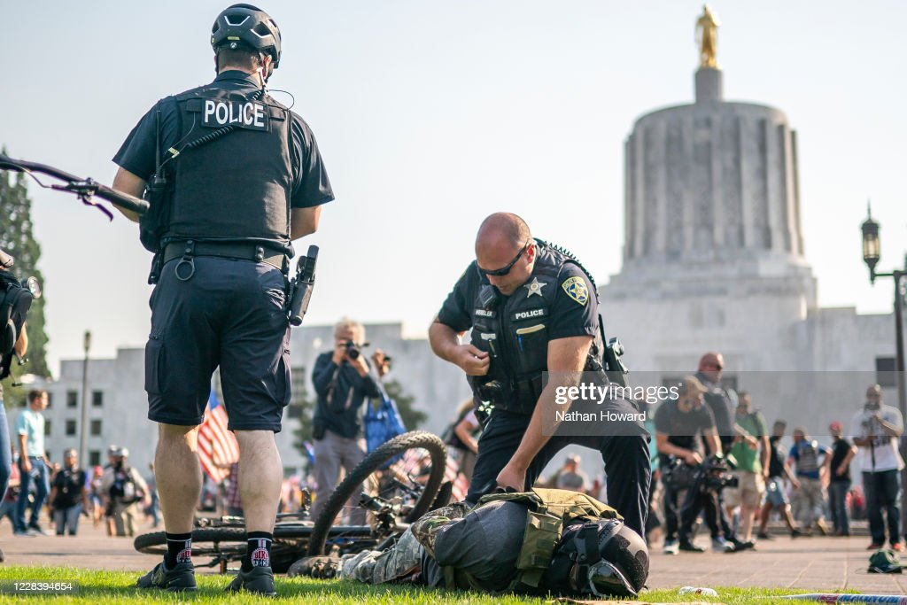 Right Wing Groups Organize Large Car Rally Near Portland, Oregon As Counter To Ongoing Anti-Police Protesters : News Photo