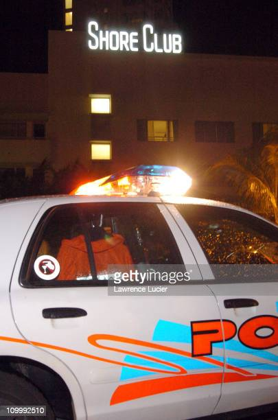 Police arrive outside the Shore Club in Miami's South Beach after rap mogul Suge Knight was shot in the leg during the early hours of Sunday August...