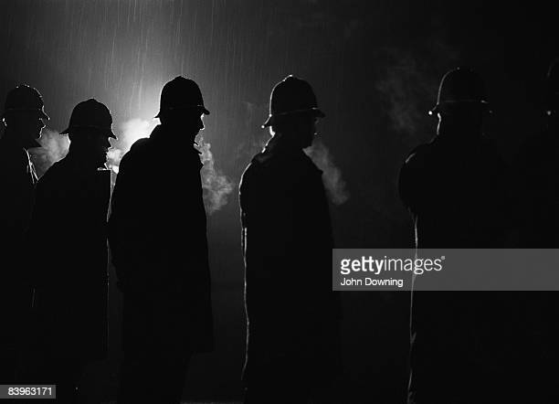 Police at Cortonwood Colliery South Yorkshire during the UK miners' strike 1984 The proposed closure of the colliery was a precipitating factor in...