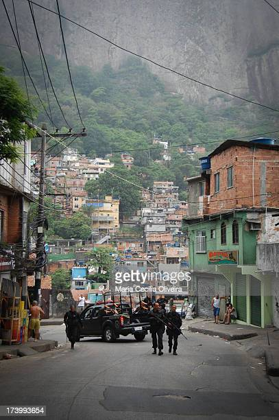 CONTENT] Police BOPE make police raid on a military occupation for installation of the Police Pacification Unit in Favela da Rocinha the largest in...