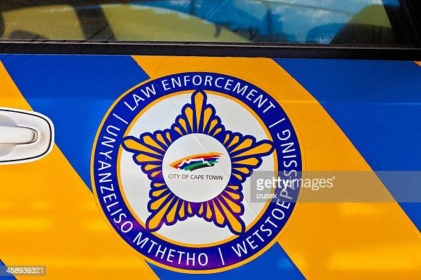 police car in cape town - izusek stock pictures, royalty-free photos & images