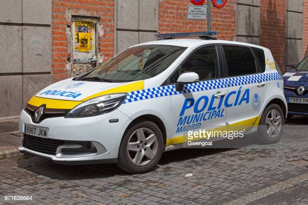 police car of the policía municipal madrid - gwengoat stock pictures, royalty-free photos & images