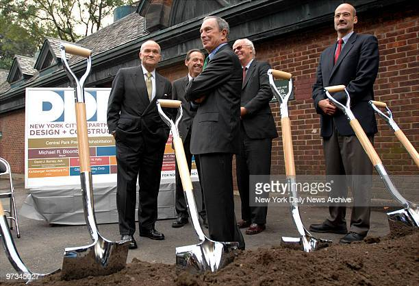 Police Commissioner Raymond Kelly Commissioner of Construction David Burney Mayor Michael Bloomberg Chairman of the Landmarks Preservation Committee...