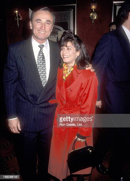 Police Commissioner William J Bratton and wife Cheryl Fiandaca attend 'The Paper' New York City Premiere on March 15 1994 at Ziegfeld Theater in New...