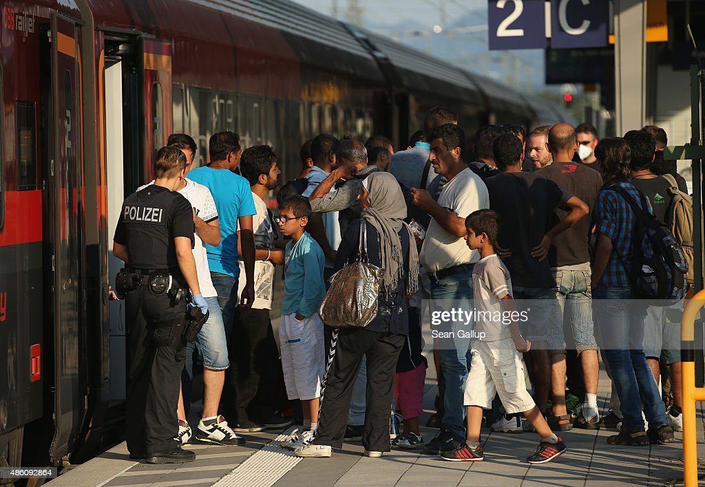 Migrants Arrive Daily In Southern Germany : News Photo