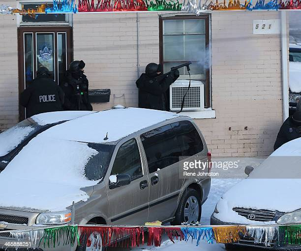 TORONTO ON JANUARY 29 Police ETF shoot tear gas into a home A man is taken into custody after being held up in an apartment at 513 Keele Early...