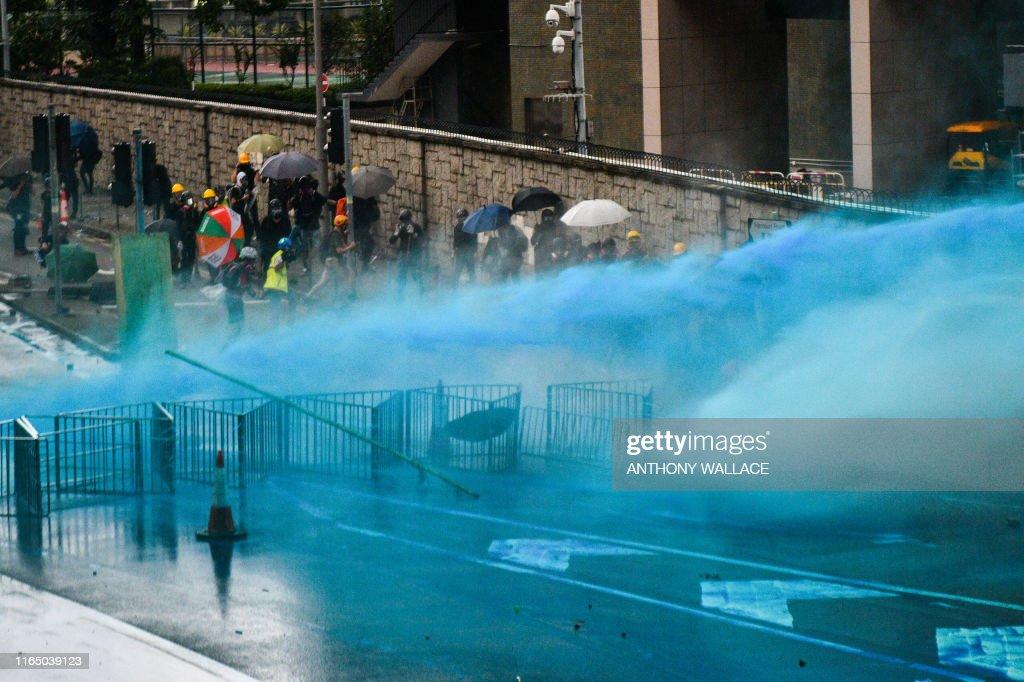 HONG KONG-CHINA-POLITICS-UNREST : News Photo