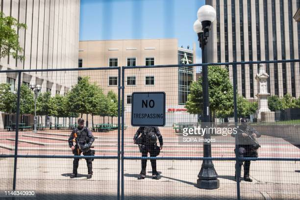 Police forces prepare for a Ku Klux Klan rally at city square in Dayton Ohio More than 600 counter protesters showed up to the event facing the 6...