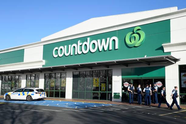 NZL: Four People Injured Following Stabbing At Dunedin Supermarket