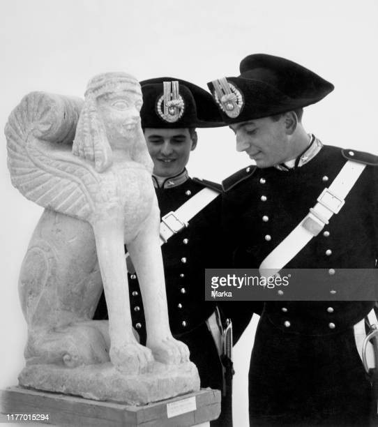 Police in an exhibition Etruscan. 1955.