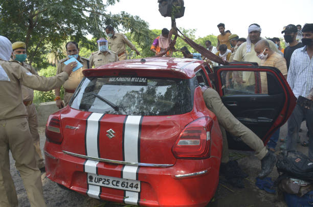 IND: 3 Missing, 1 Rescued After Car Plunges Into Upper Ganga Canal In Ghaziabad
