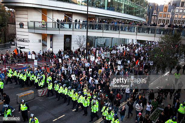 Police lead student march along London Wall to protest against rises in tuition fees and changes to higher education The police were out in force as...