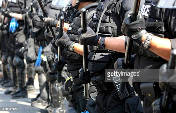 police line - military invasion stock pictures, royalty-free photos & images