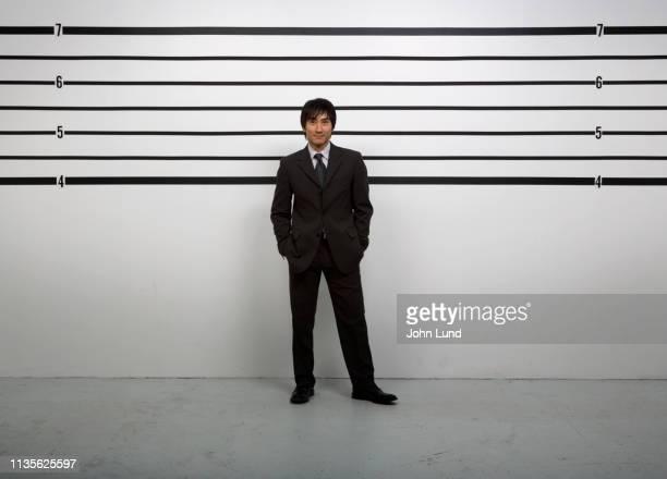 police line up - 警察署 ストックフォトと画像