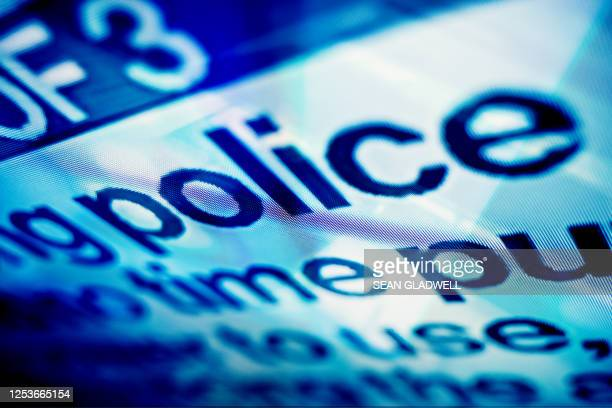 police message on screen - rescue services occupation stock pictures, royalty-free photos & images