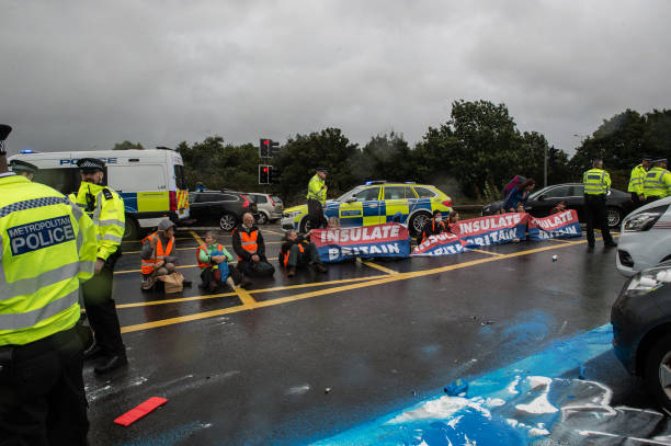 GBR: Insulate Britain Activists Continue Their Protest
