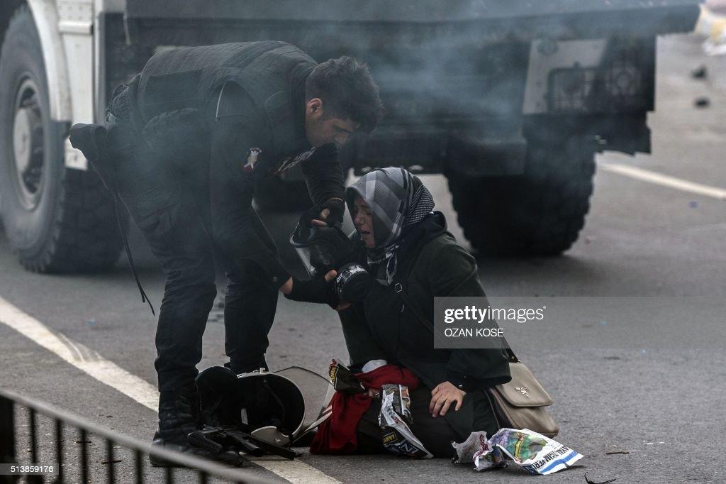 TURKEY-POLITICS-MEDIA-RIGHTS-JUSTICE-DEMO : News Photo