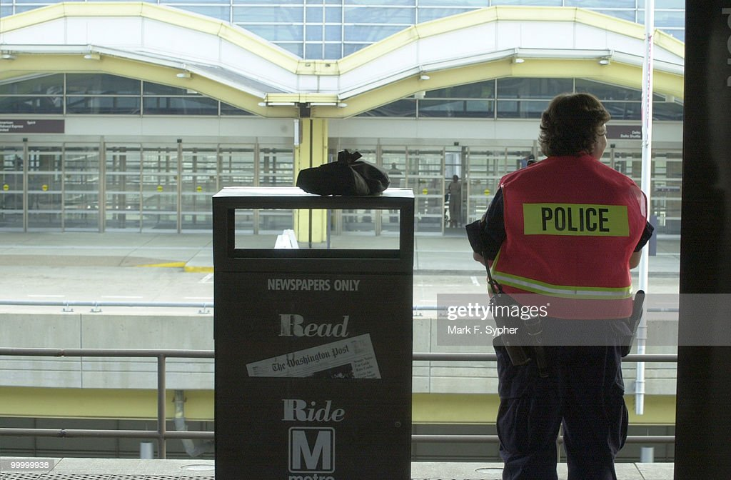 A police officer on the Metro platform at Reghan National Airport.