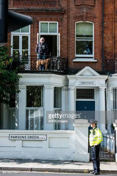 Police officer Parsons Green´s neighbour Several people have been injured after an explosion on a tube train in southwest London The Police are...