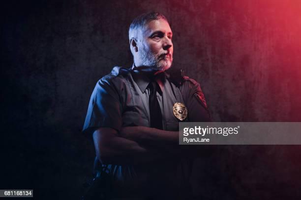 policial retrato - distintivo de polícia - fotografias e filmes do acervo