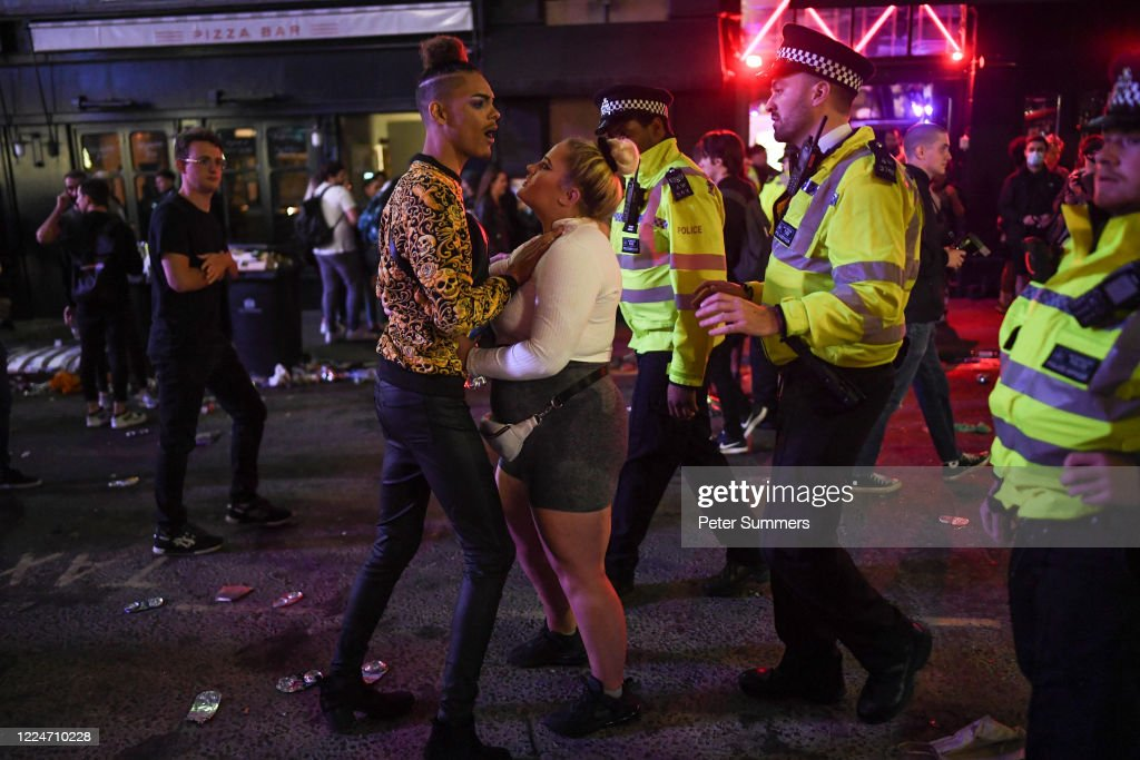 Police Officers Are Seen Breaking Up A Fight Outside A Pub In Soho On News Photo Getty Images
