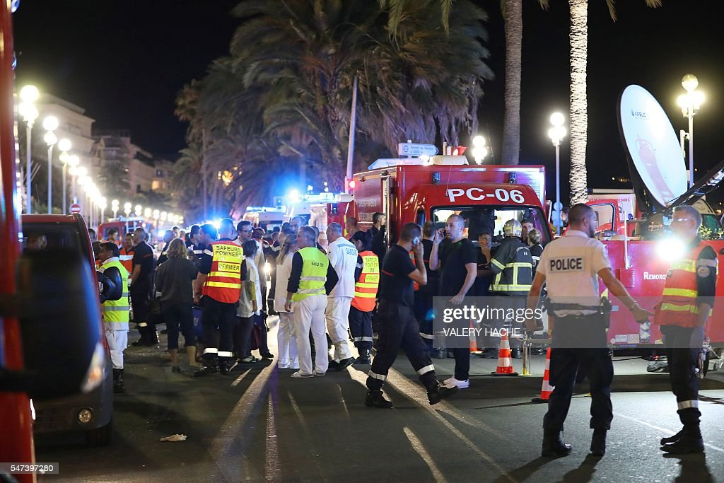 TOPSHOT-FRANCE-ATTACK : News Photo