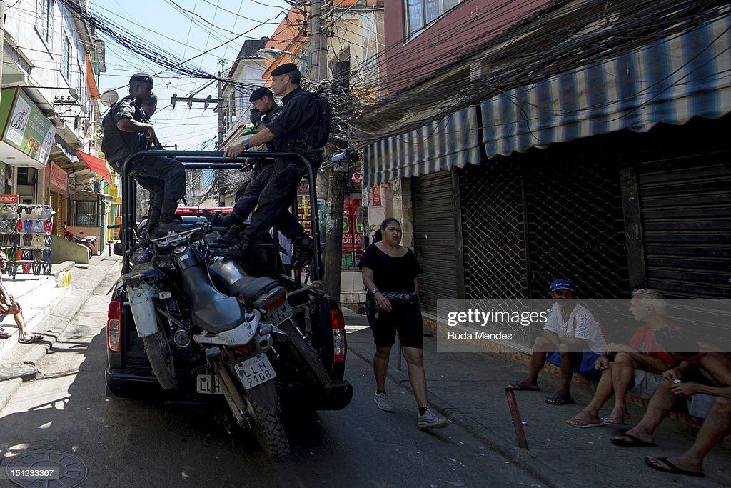 Special Police Operations Battalion Occupy Jacarezinho Slum : News Photo