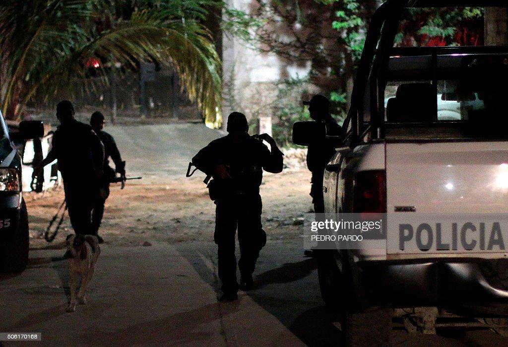 MEXICO-ACAPULCO-VIOLENCE : News Photo