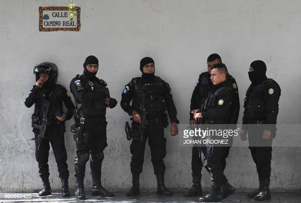 Police officers remain in the surroundings of the hotel where US Homeland Security Secretary Kirstjen Nielsen and authorities from Guatemala El...