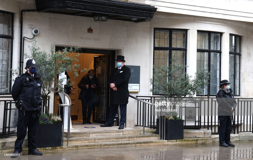 Prince Philip Is Admitted To King Edward VII's Hospital In London As Precautionary Measure : Fotografía de noticias