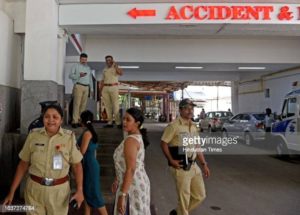 Ankur Kala One of the patient of Mumbai Jaipur Jet Airways flight discharge from Nanavati Hospital at Vile Parle on September 20 2018 in Mumbai India...
