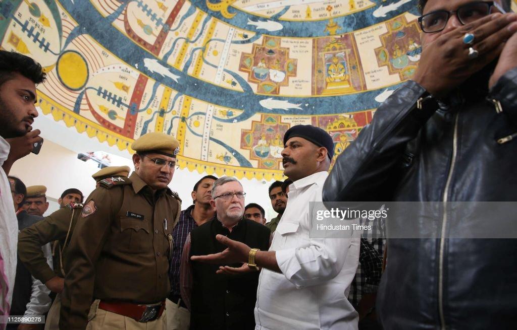 IND: Government-Run Art Culture Centre Cancels Screening Of A Play Eidgah Ke Jinnat