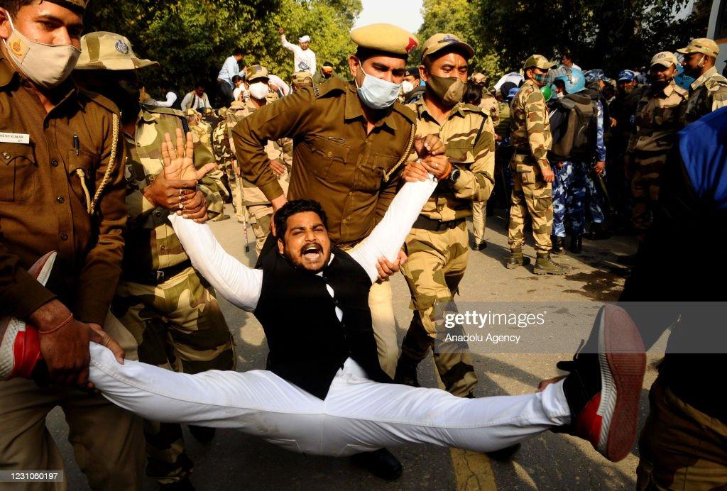 Indian farmers' protests continue : Foto di attualità