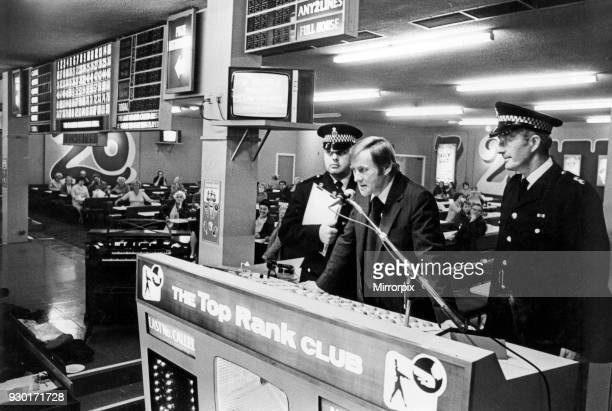 Police play the Ripper tape to Bingo players in Bradford, 21st September 1979.