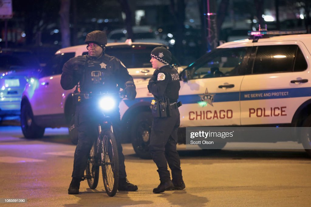 Shooting At Chicago's Mercy Hospital : News Photo