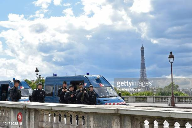 Police secure the area with anti riot barriers before a demonstration against racism and police brutality at Place de la Concorde on June 06 2020 in...