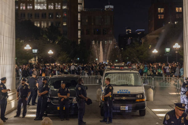 NY: Police Impose Curfews At Washington Square Park As Nightly Partying Continues