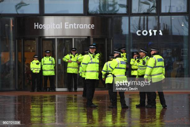 Police stand guard outside Alder Hey Children's Hospital on April 24, 2018 in Liverpool, England. Earlier today, Tom Evans the father of seriously...