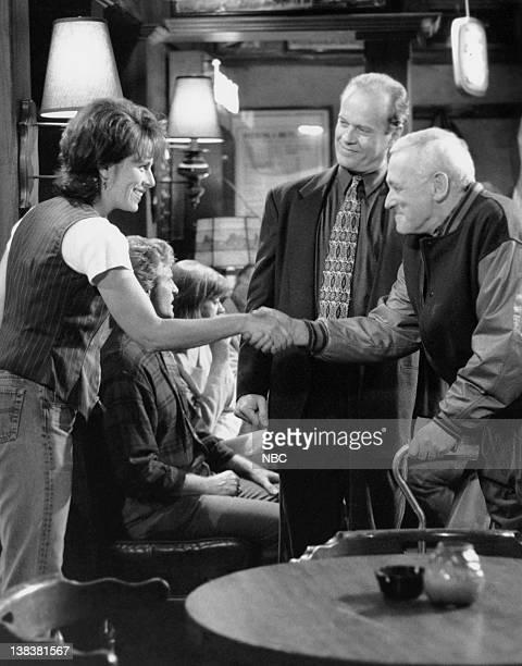 FRASIER Police Story Episode 20 Pictured Jane Kaczmarek as Maureen Cutler Kelsey Grammer as Doctor Frasier Crane John Mahoney as Martin Crane