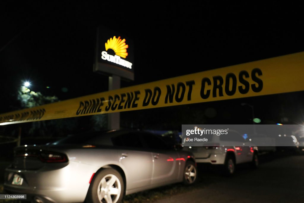 Five Killed After Gunman Opens Fire Inside A Florida Bank : News Photo